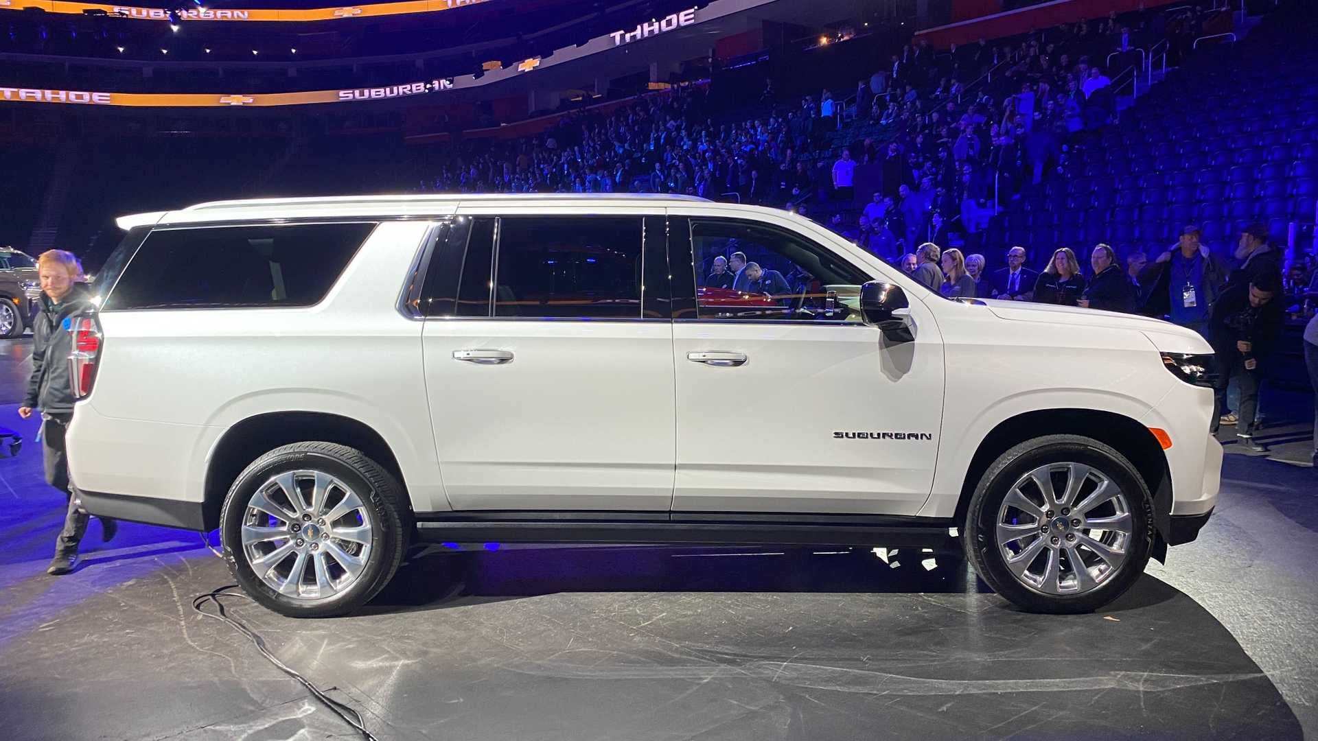 2021 chevy suburban side