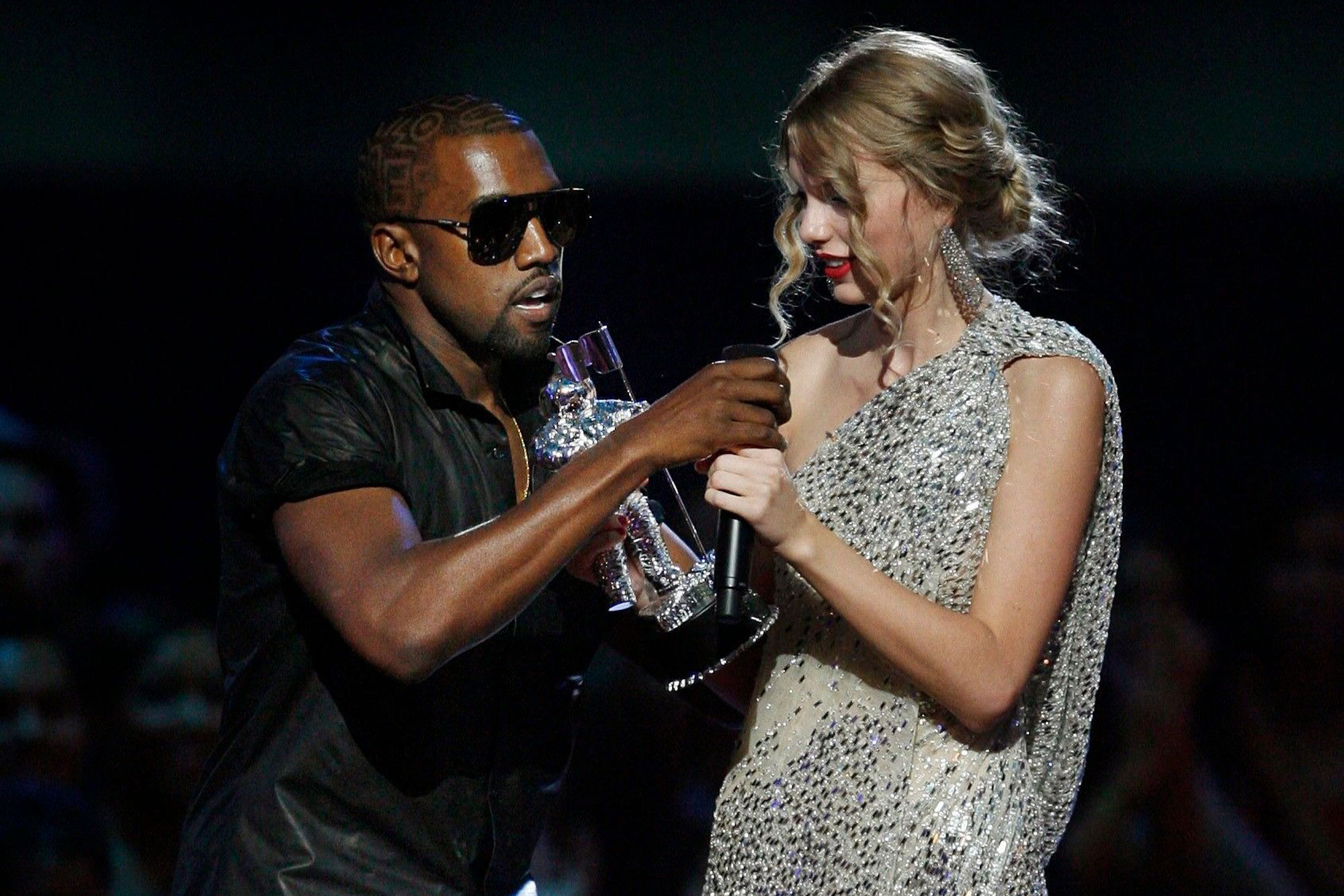 Kanye interrupting Tylor Swift while she gives her acceptance speech at MTV VMA in 2009