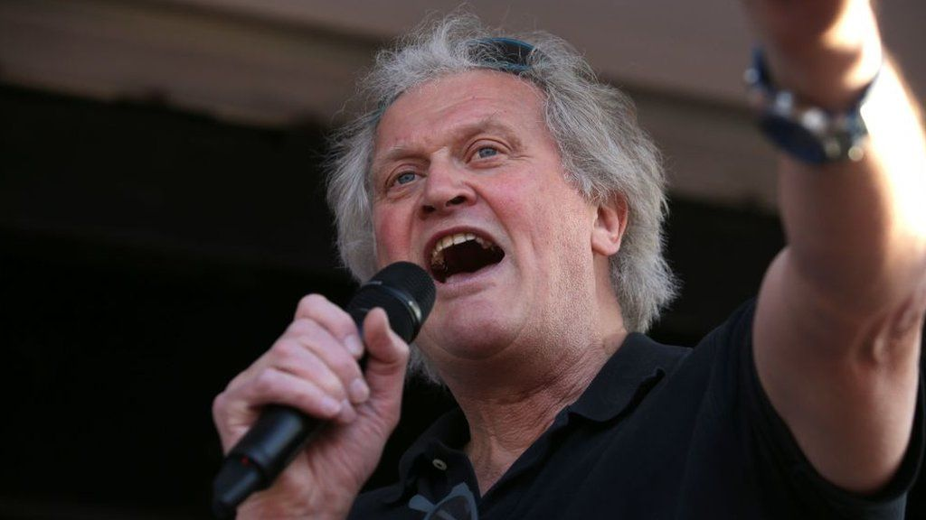 Tim Martin recently made a statement that the pub business should be open