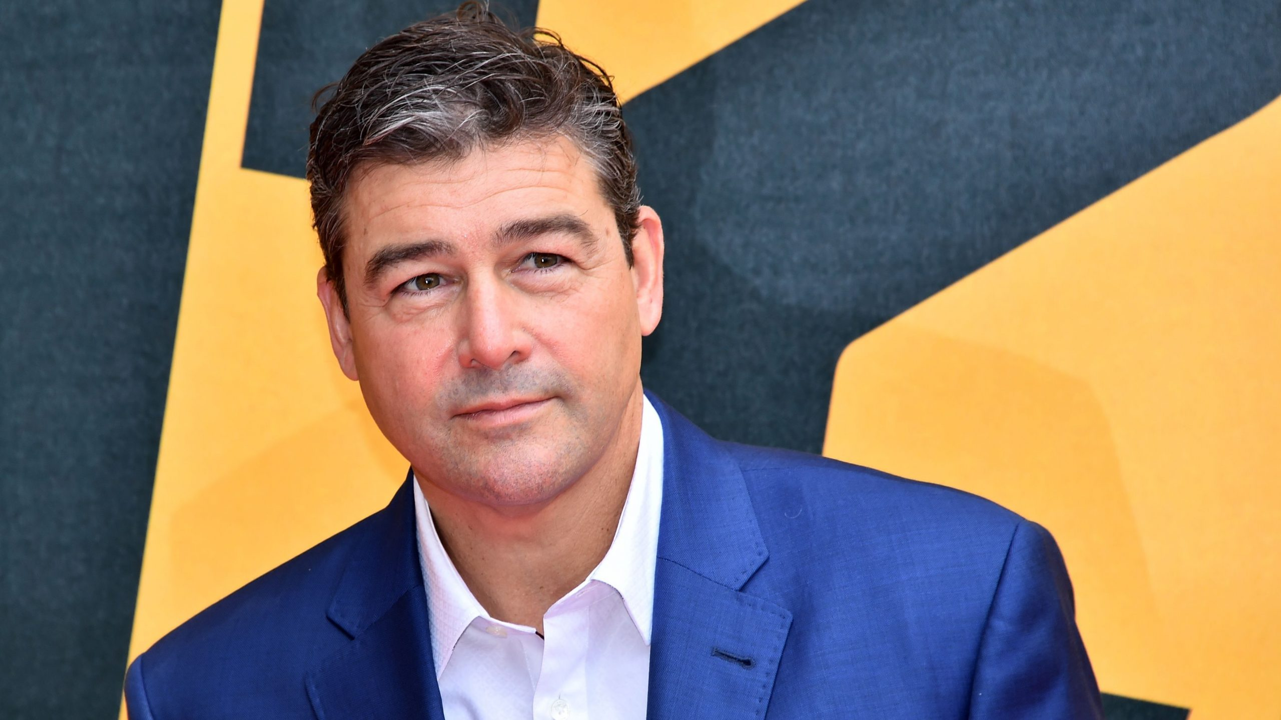 Kyle Chandler starred in The Midnight Sky