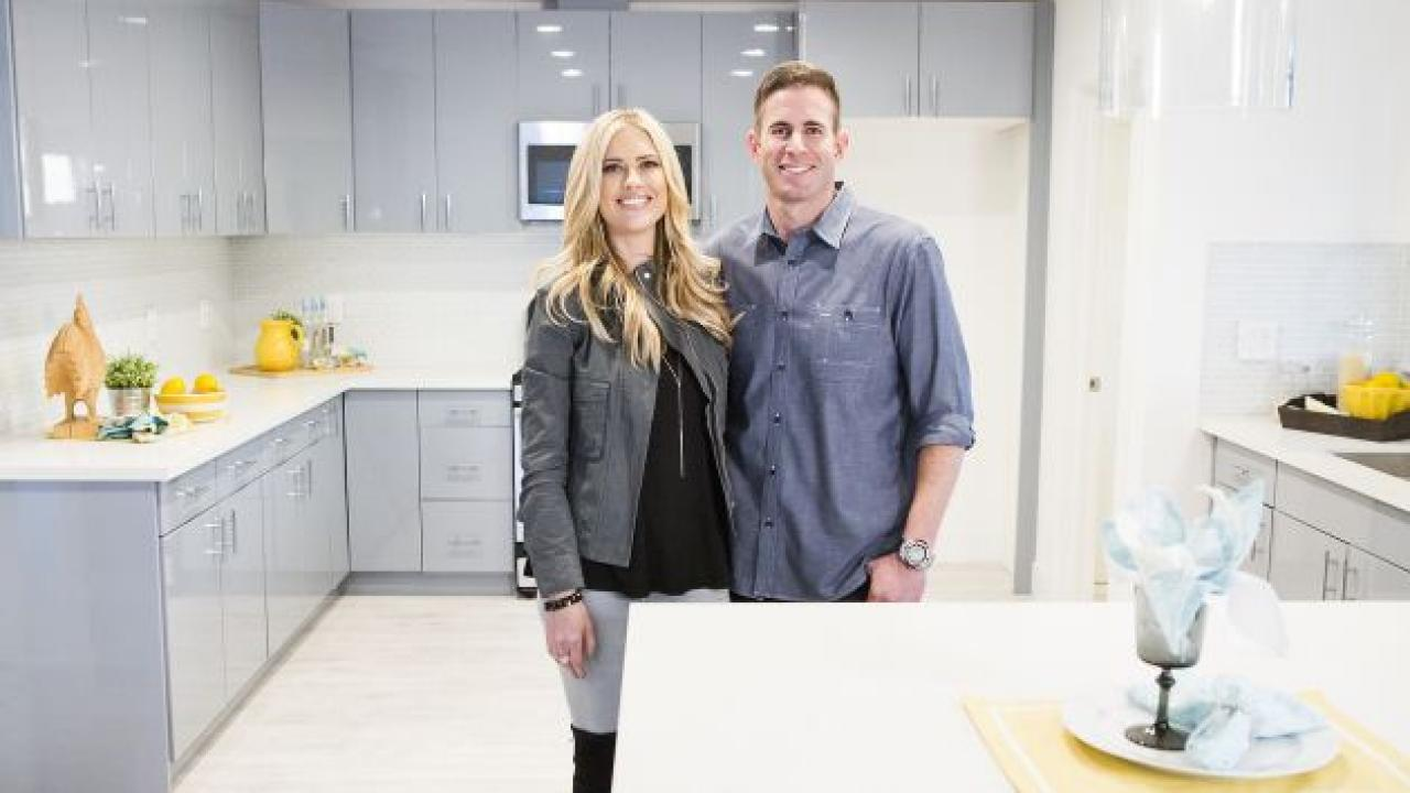 Preview And Renewal: Flip Or Flop Season 10