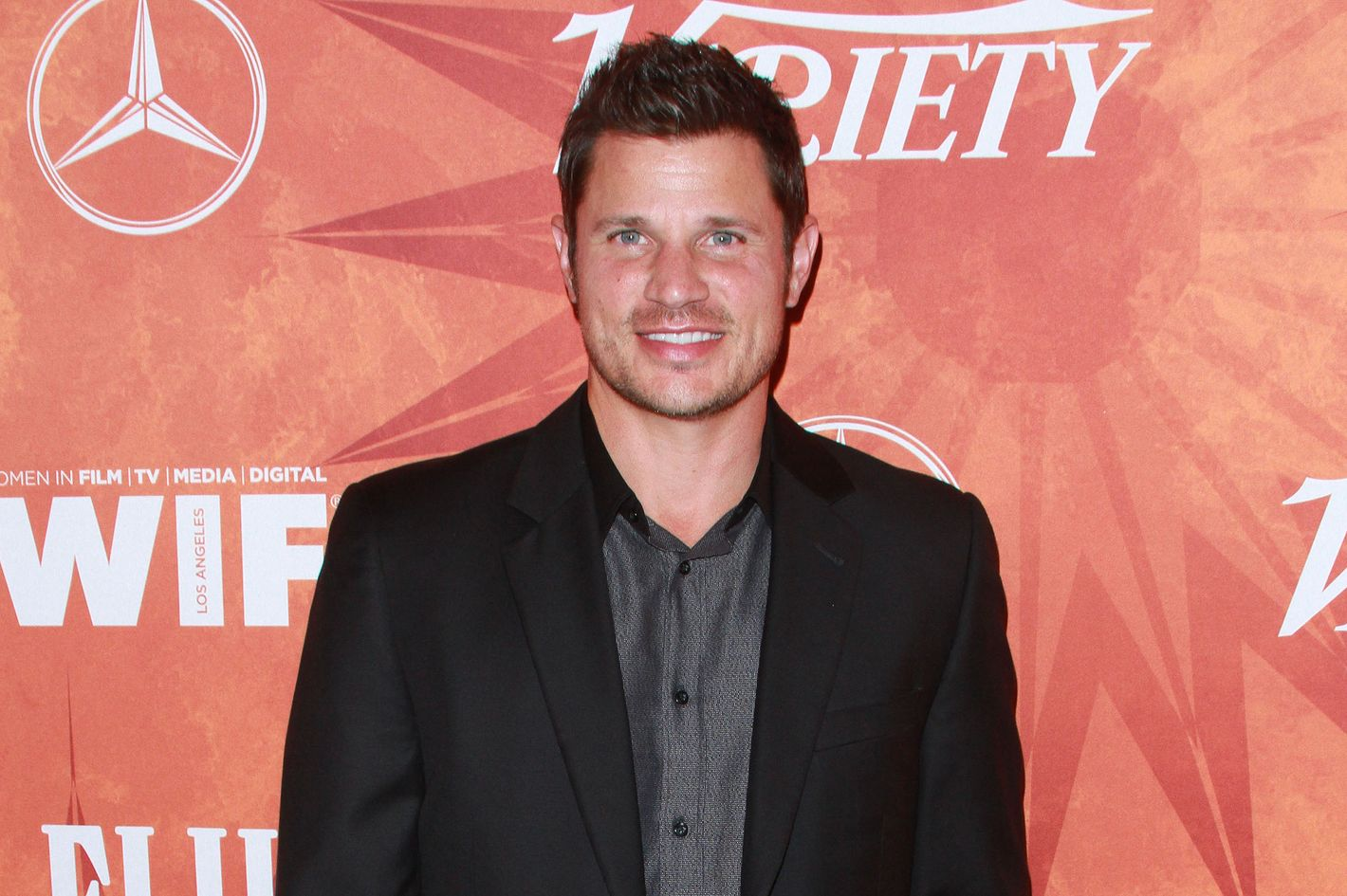 How much did Nick Lachey get in divorce?
