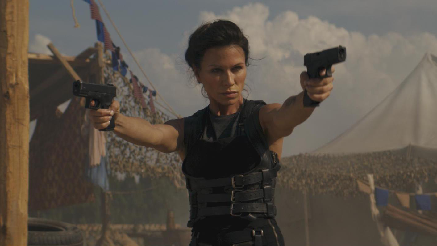Skylines.: Movie Review- Find Out How Aliens Help Humans!
