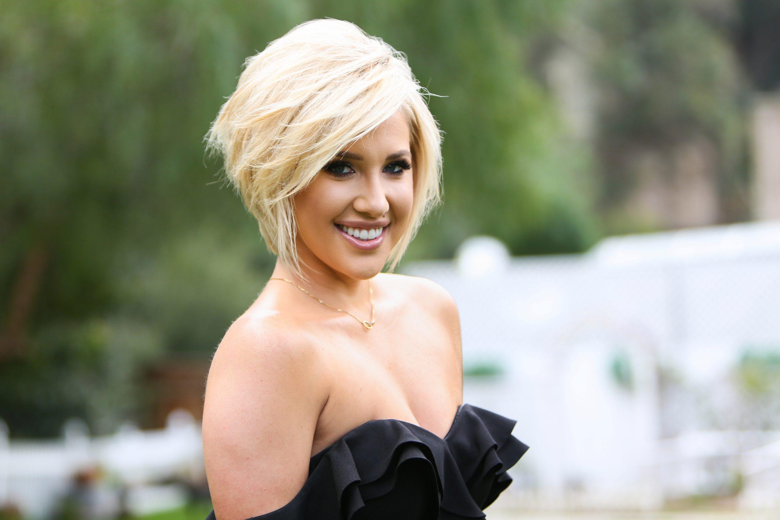 Who is Savannah Chrisley Dating