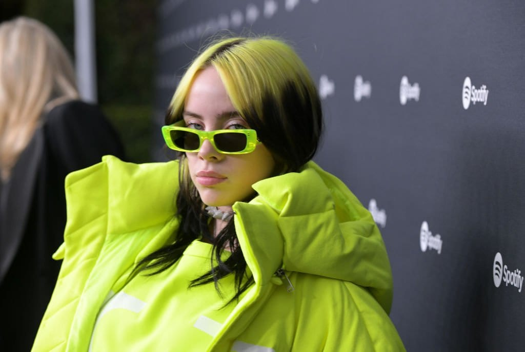 Billie Eilish And Bella Thorne Video: The Truth Behind The Leaked Viral Video-