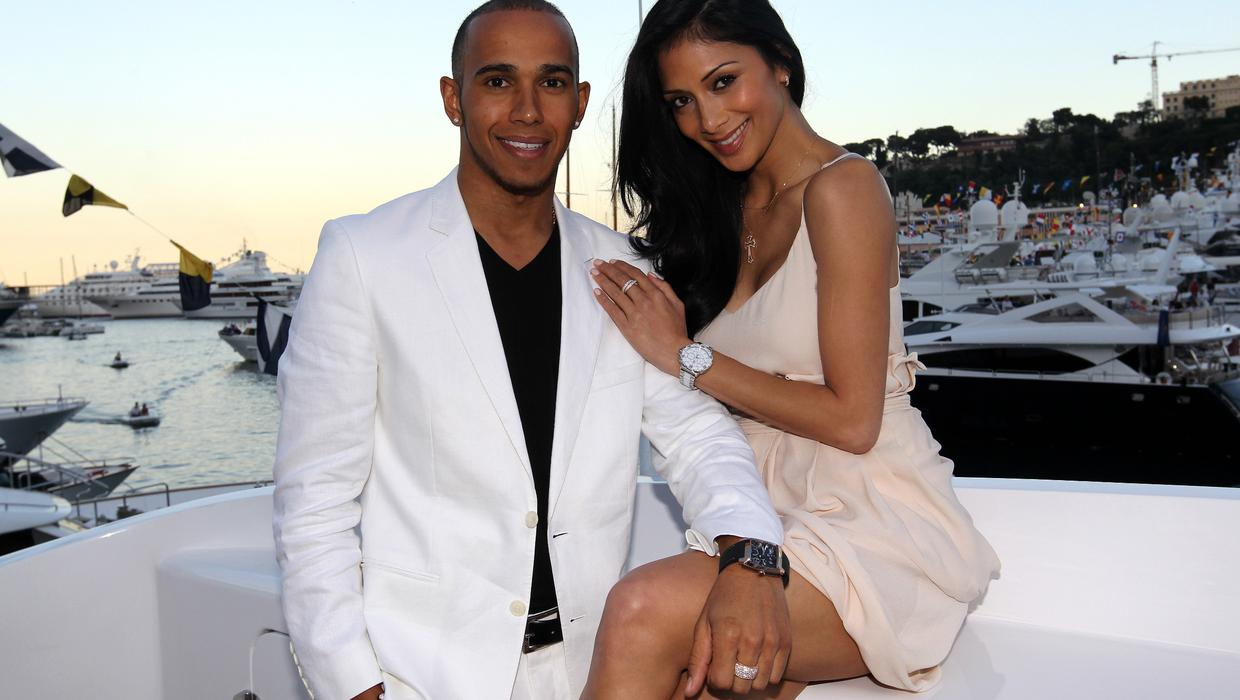 Nicole Scherzinger dated Lewis Hamilton Until 2015