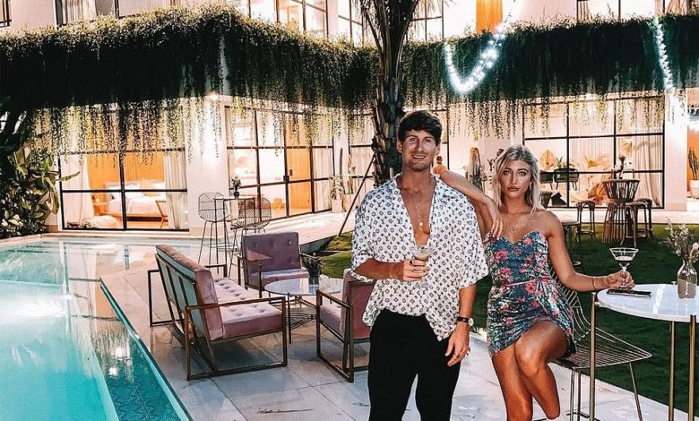 Did Travel Couple Jack Morris And Lauren Bullen Break Up?