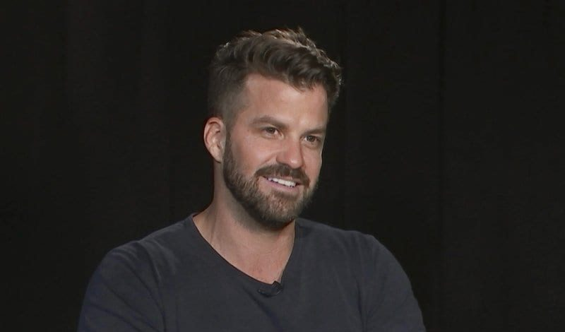 who is Johnny Bananas Dating?