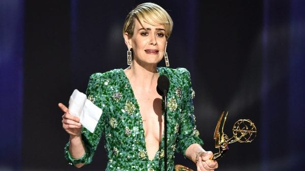 What are the awards won by Sarah Paulson?