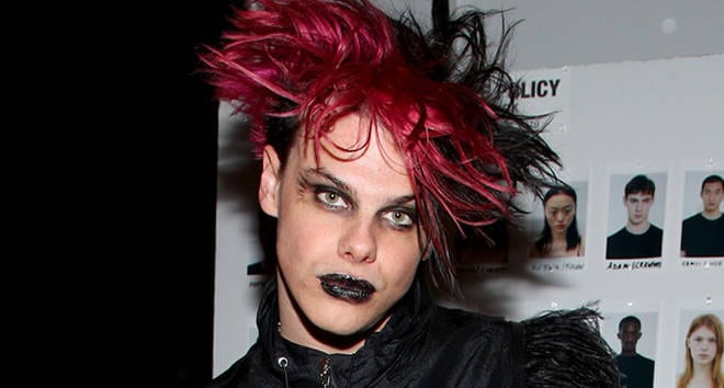 Yungblud's netwroth and 10 facts
