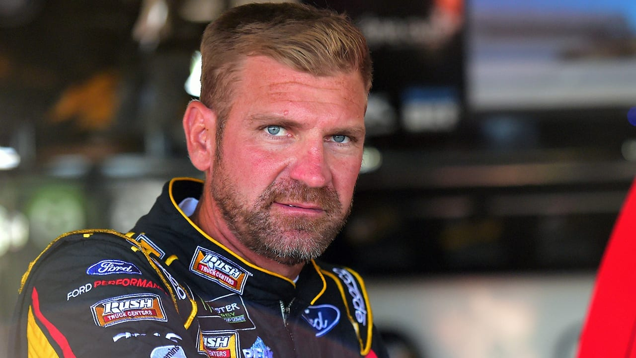 Clint Bowyer's Net Worth Salary and Career