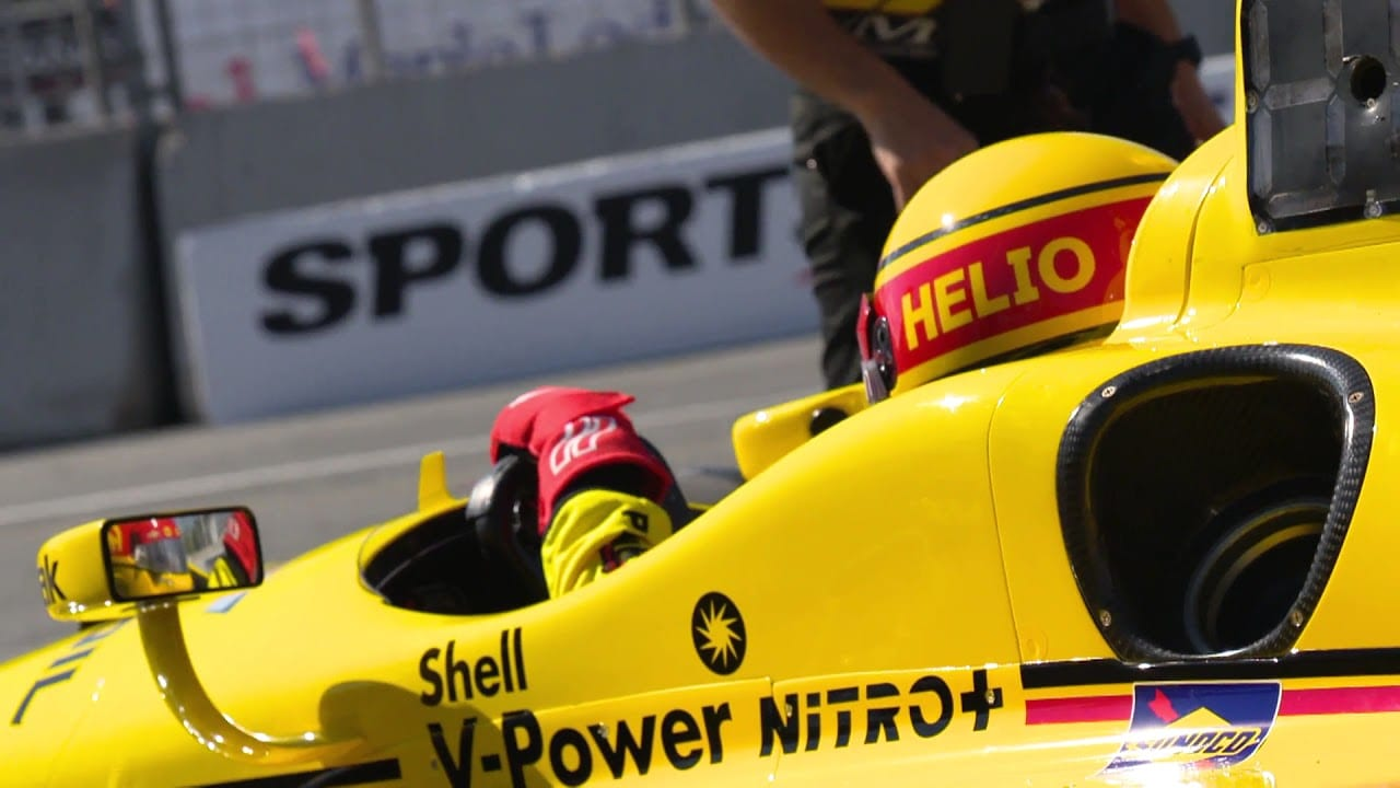 Who Is Helio Castroneves Dating?