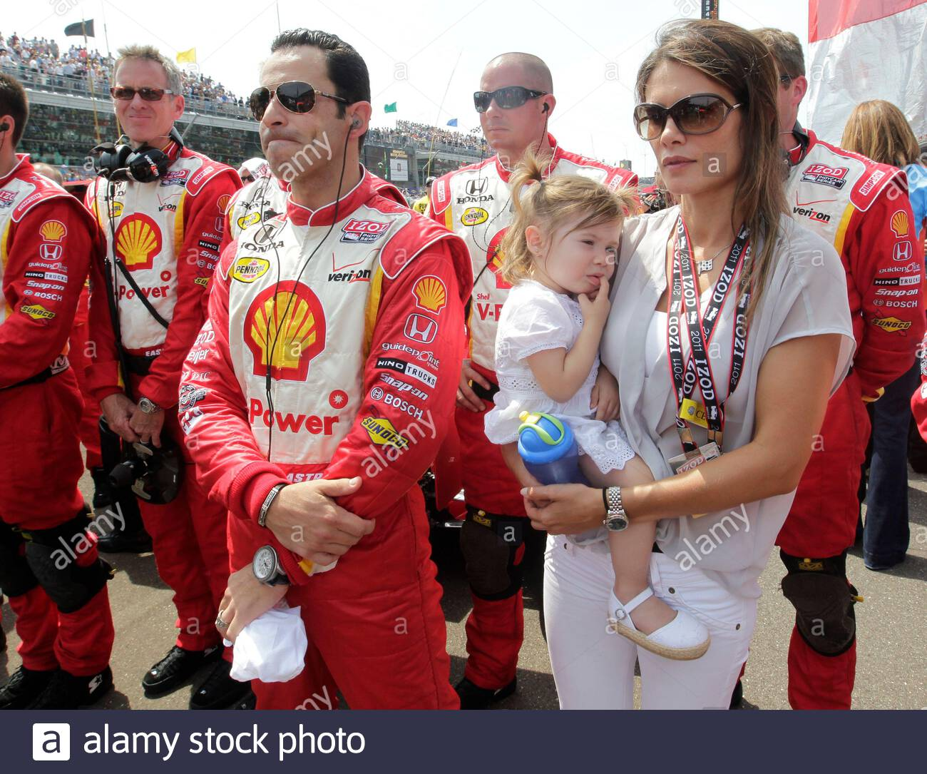 Is Helio Castroneves Married?