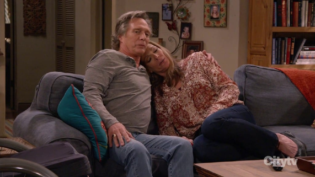 Bonnie And Adam Reconcile At The End of Mom S08E17
