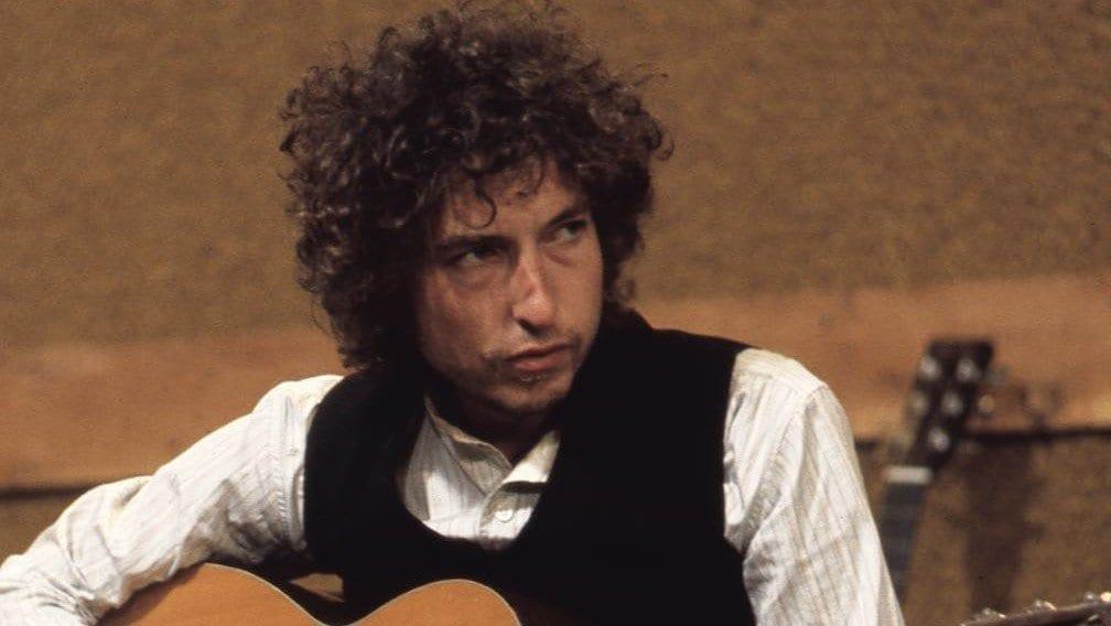 Bob Dylan updates on his net worth