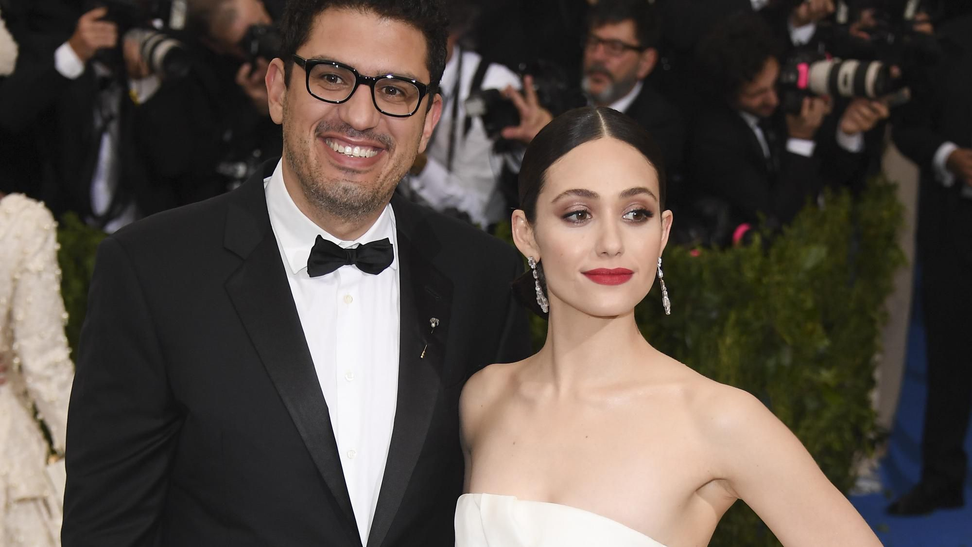 Who is Emmy Rossum dating?