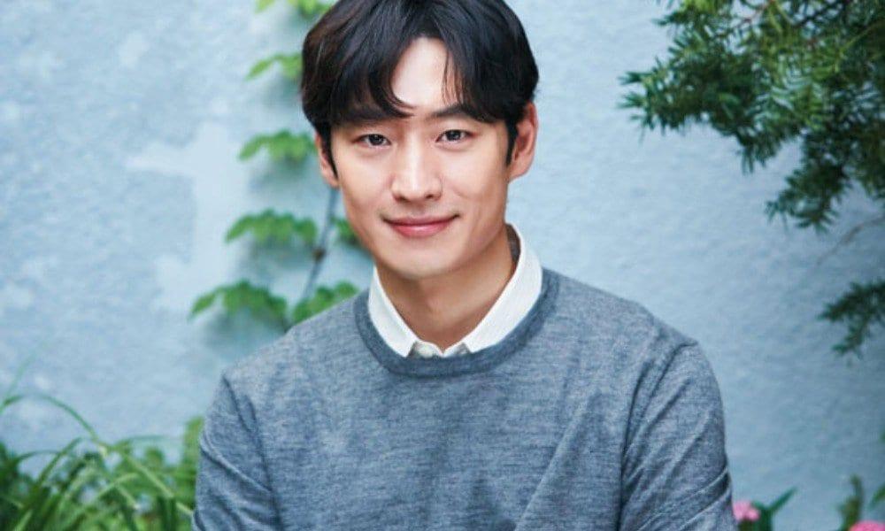 Lee Je Hoon in move to heaven