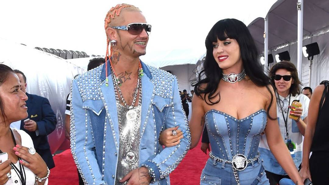 """Riff Raff Net Worth- The """"From G's to Gents"""" Famed Rapper"""