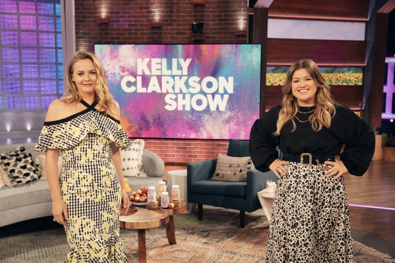 Alicia Silverstone on Kelly Clarkson Show