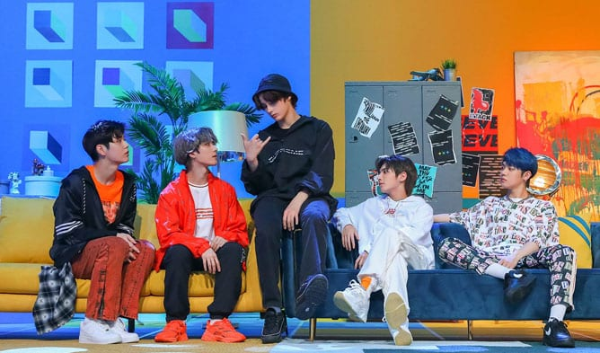 TXT makes it to the top itunes chart