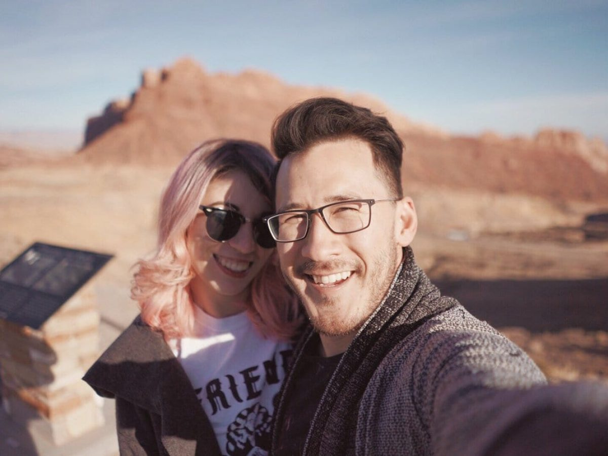 is amy and mark dating