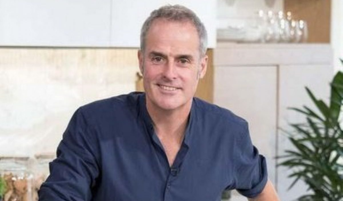 Is Phil Vickery In A Relationship
