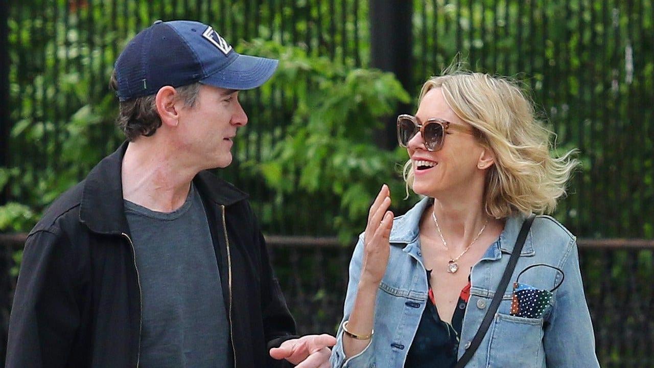 Billy Crudup is Dating Naomi Watts