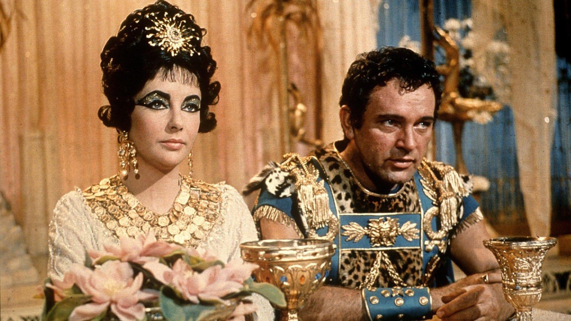 Elizabeth Taylor in Cleoptra