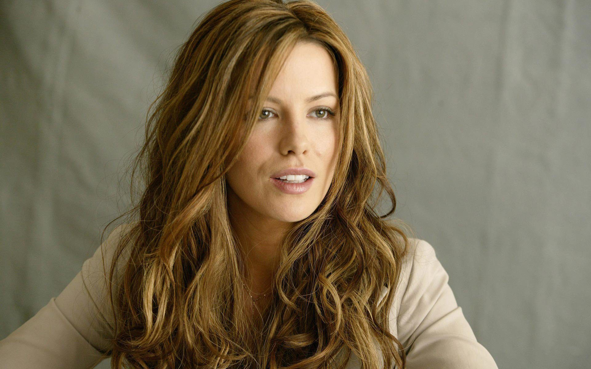 Kate Beckinsale On Her New Role In Jolt