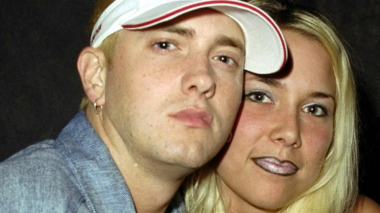 Who Is Eminem Dating?
