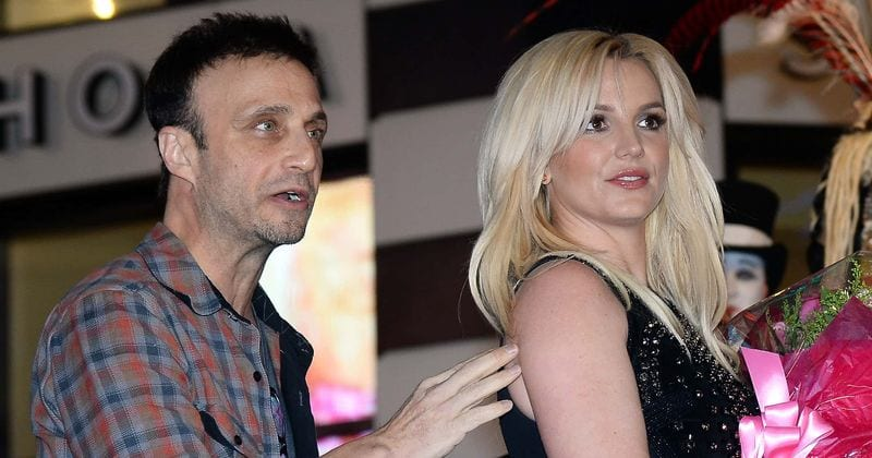 Britney Spears manager resigns