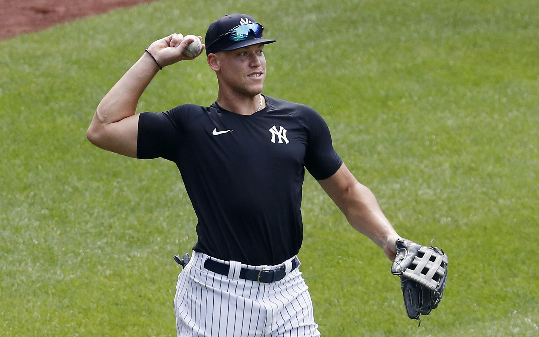 Who is Aaron Judge Dating?