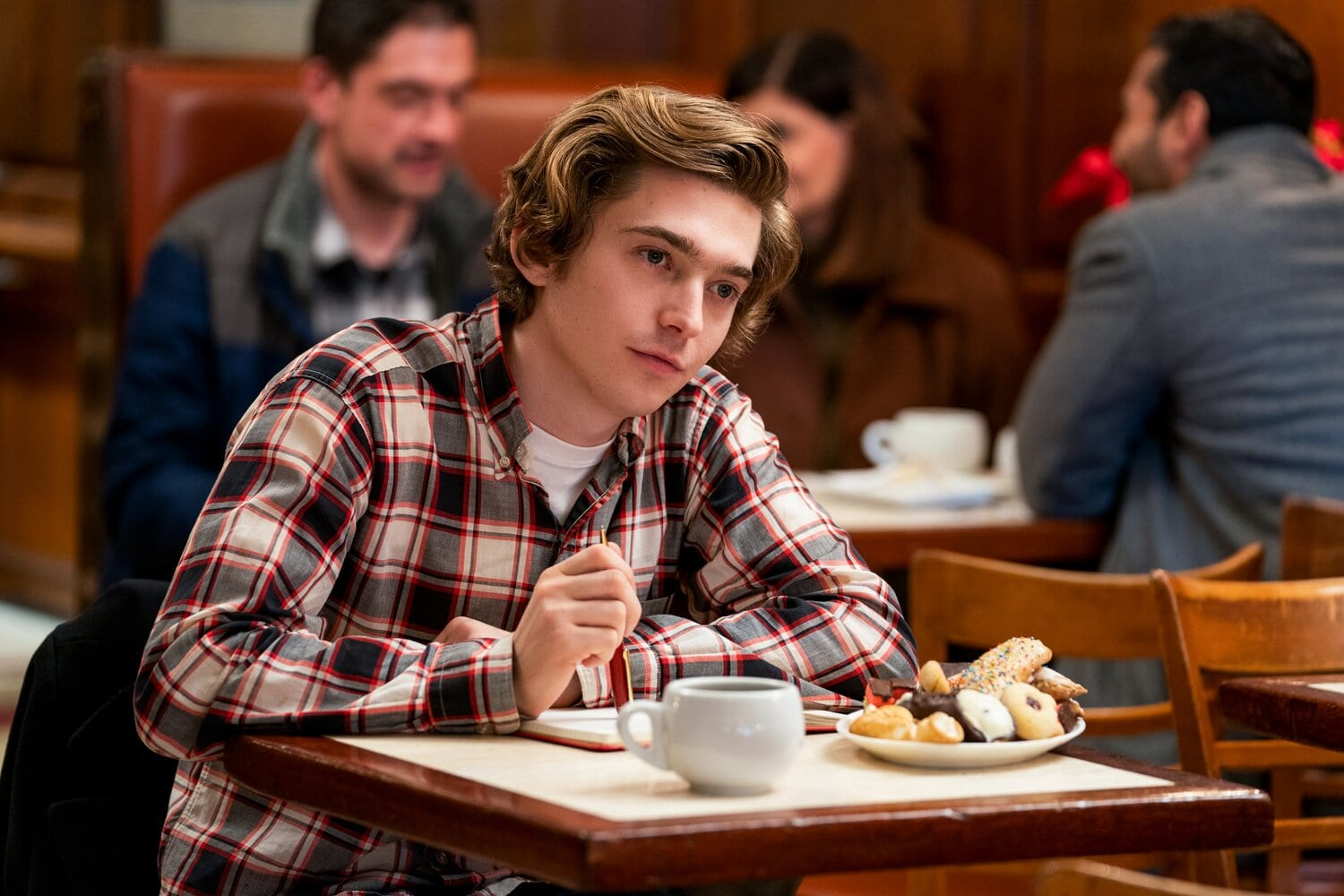 Austin Abrams who is he dating