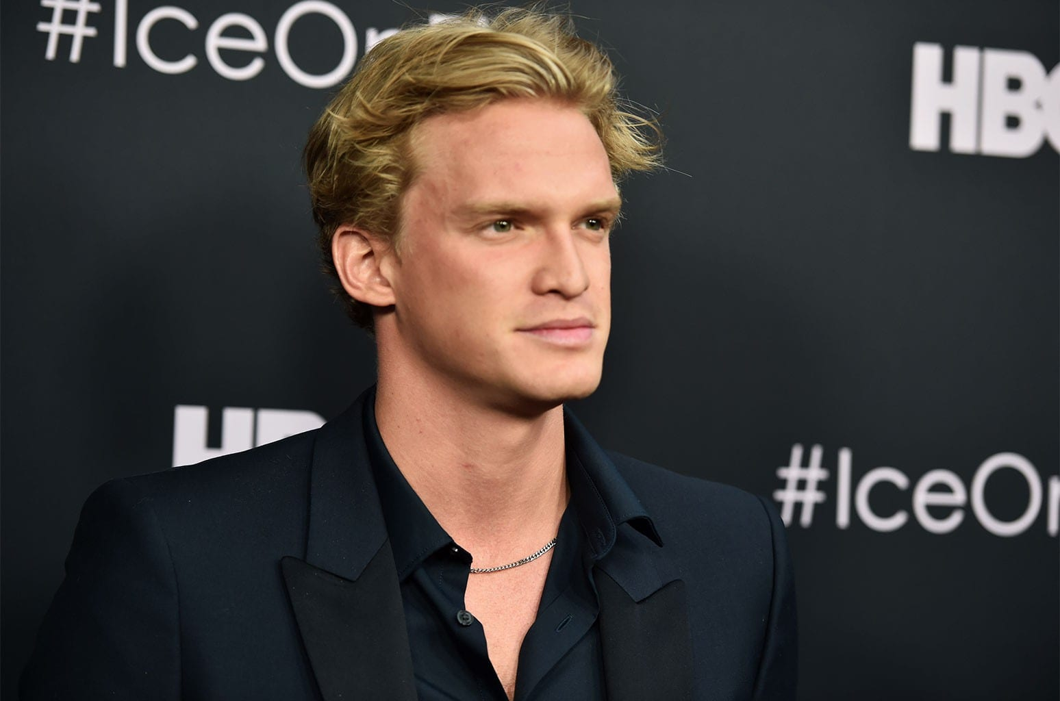 who is Cody Robert Simpson dating?