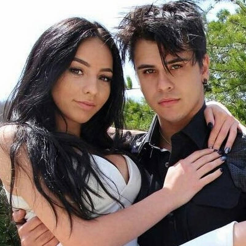 Why did cyrus and christina break up?