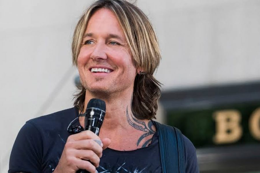 Who is Keith Urban Dating?