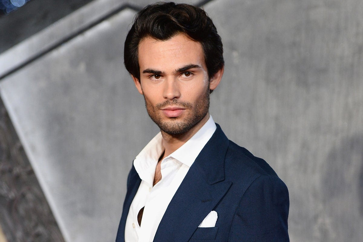 Is Mark Francis Vandelli in a Relationship?