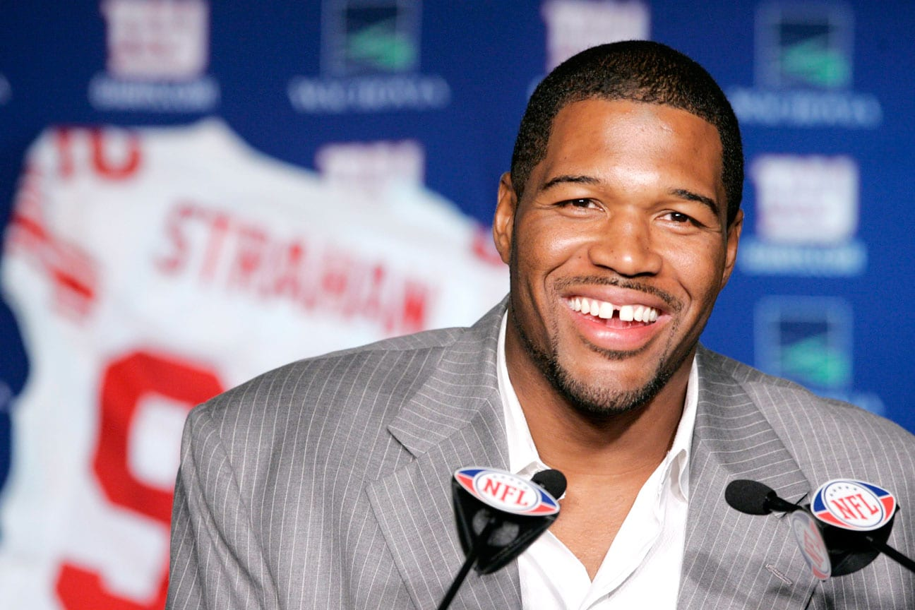 who is Michael Strahan dating?