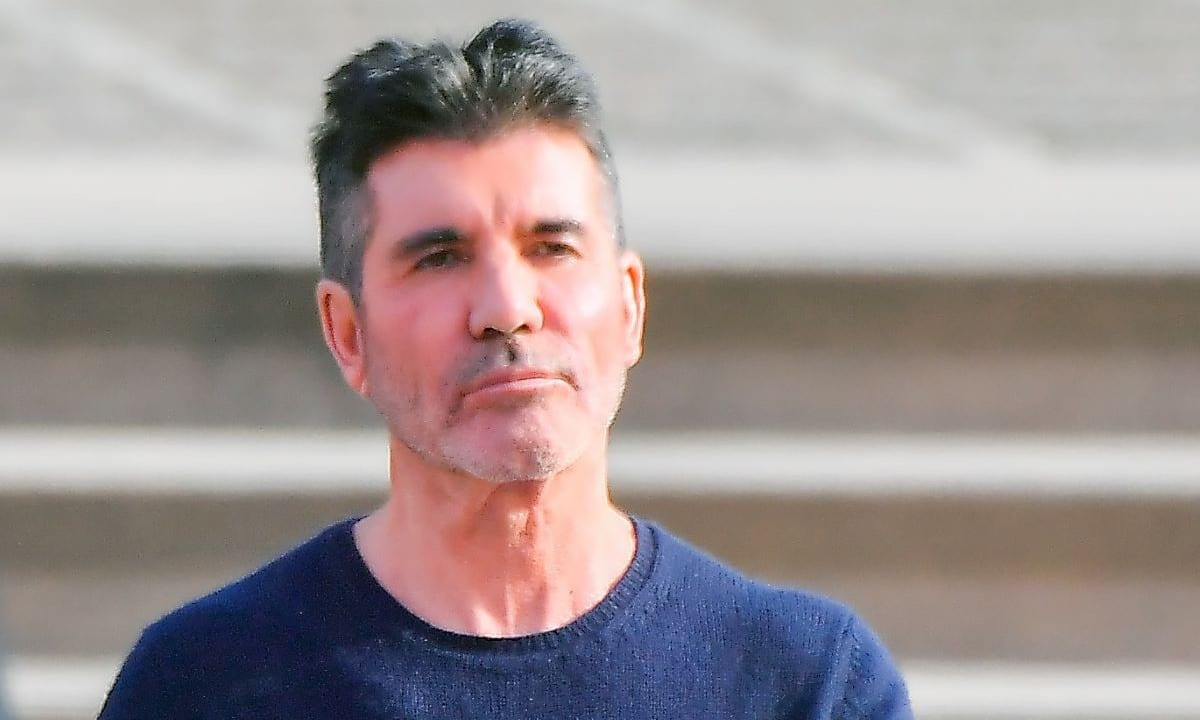 Who Is Simon Cowell Dating