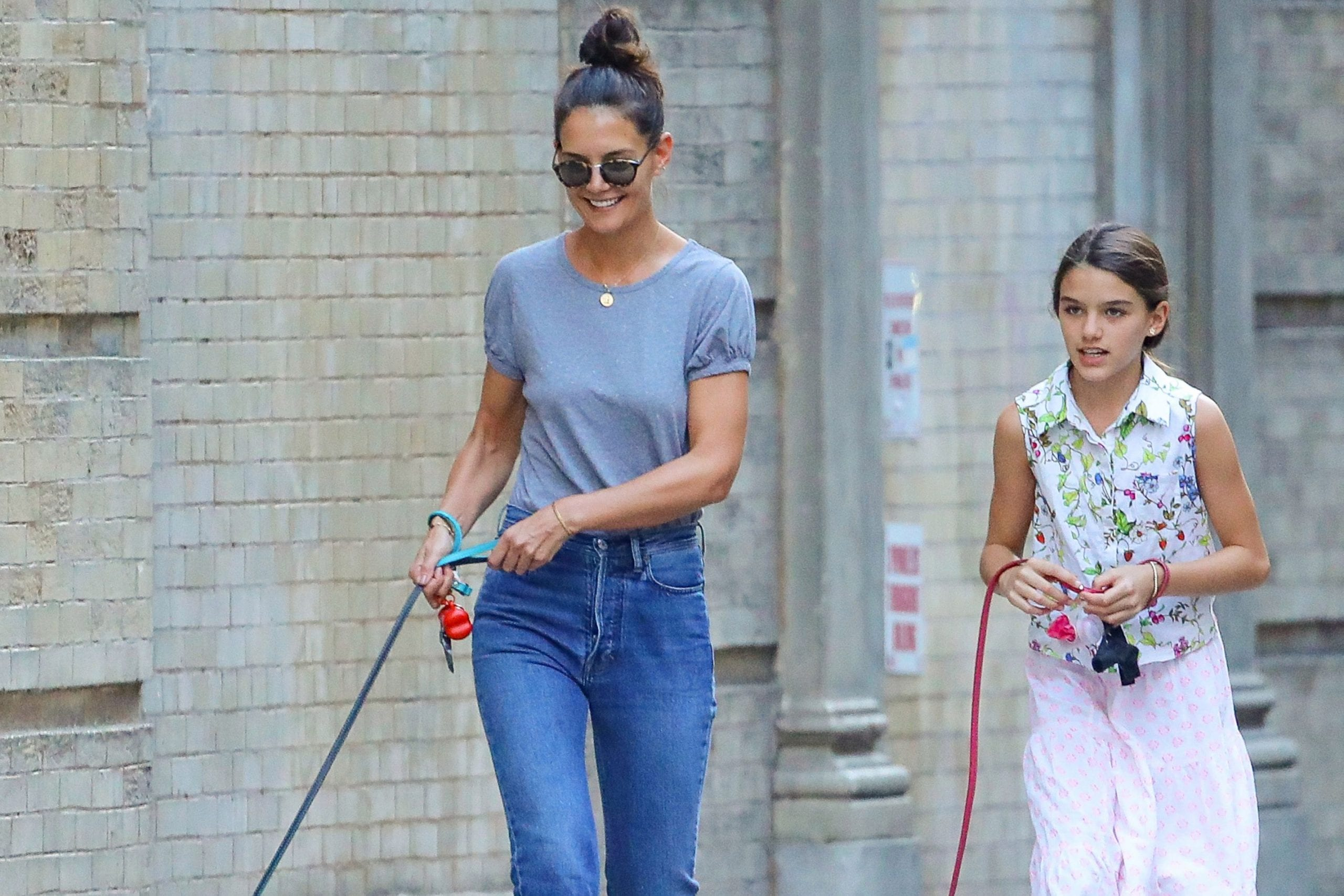 Suri Cruise Relationship With Father Tom Cruise