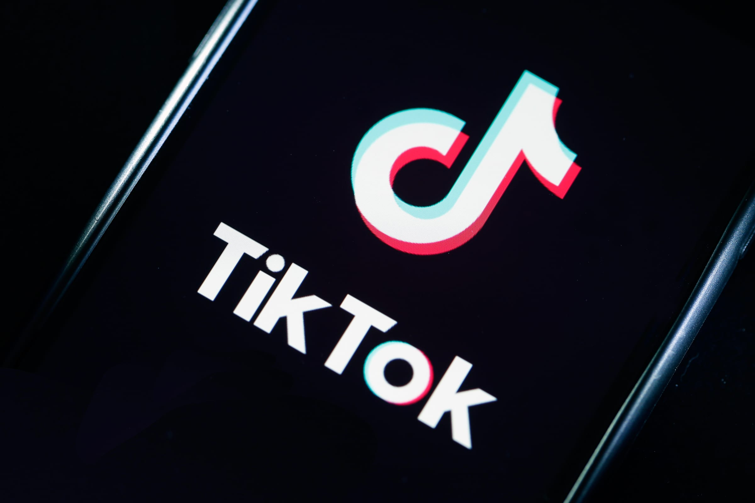 How to get Tiktok Symmetry Filter