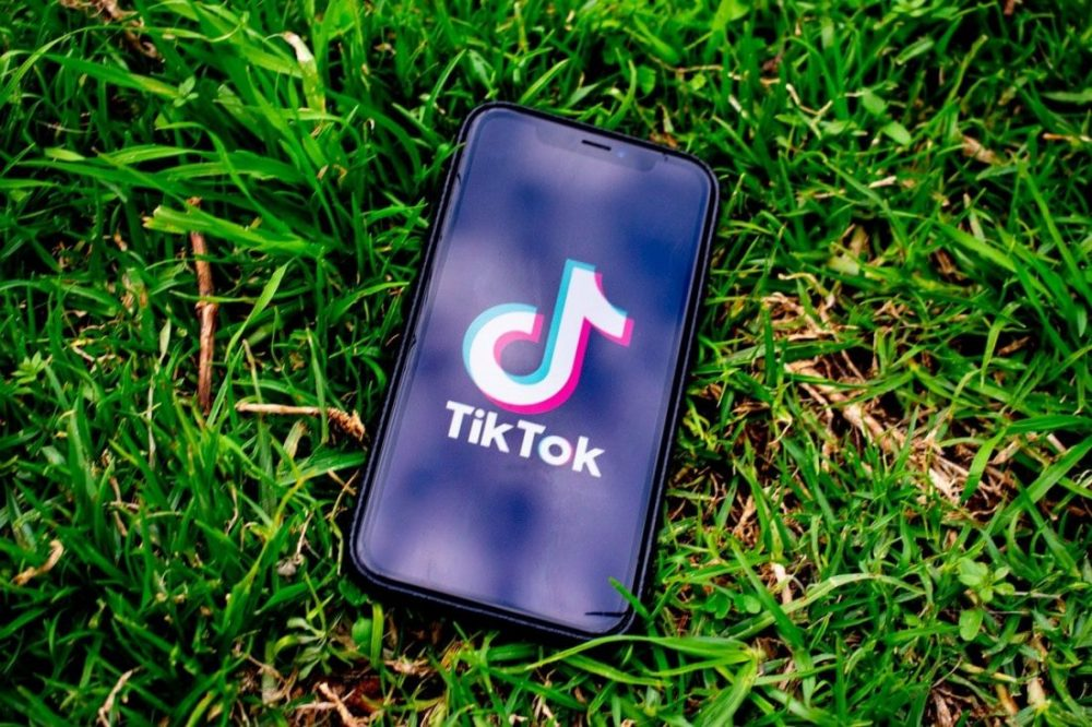 what is TikTok Ghost Filter