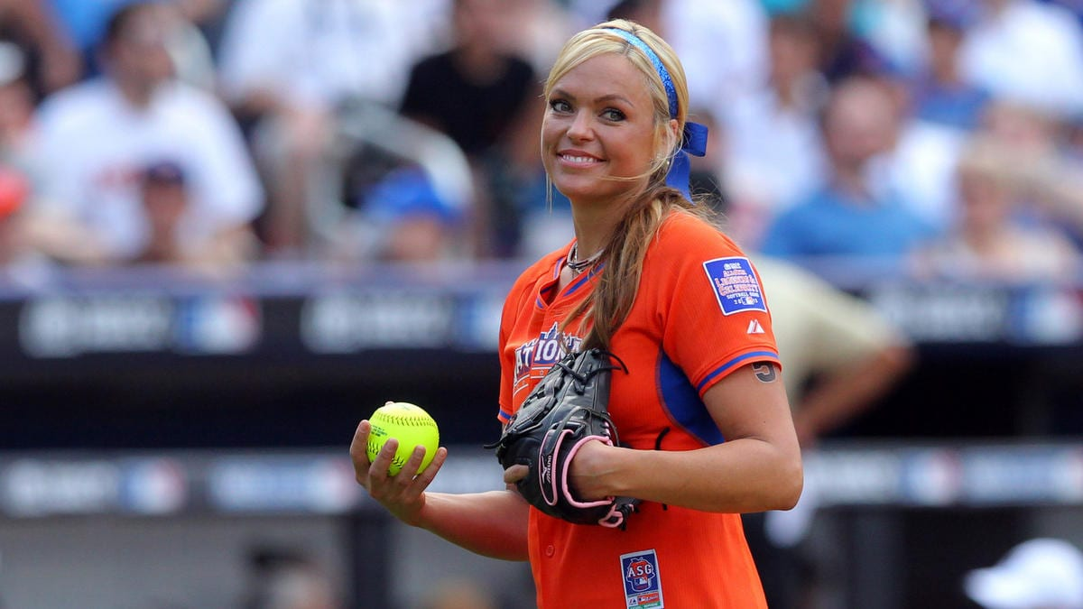 Jennie Finch NetWorth: The Former Softball Player Earning And Accomplishments