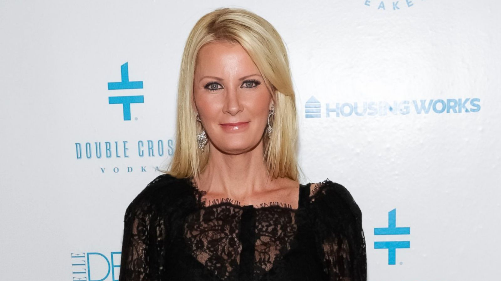 Sandra Lee Makes Her Much Awaited Red Carpet Appearance