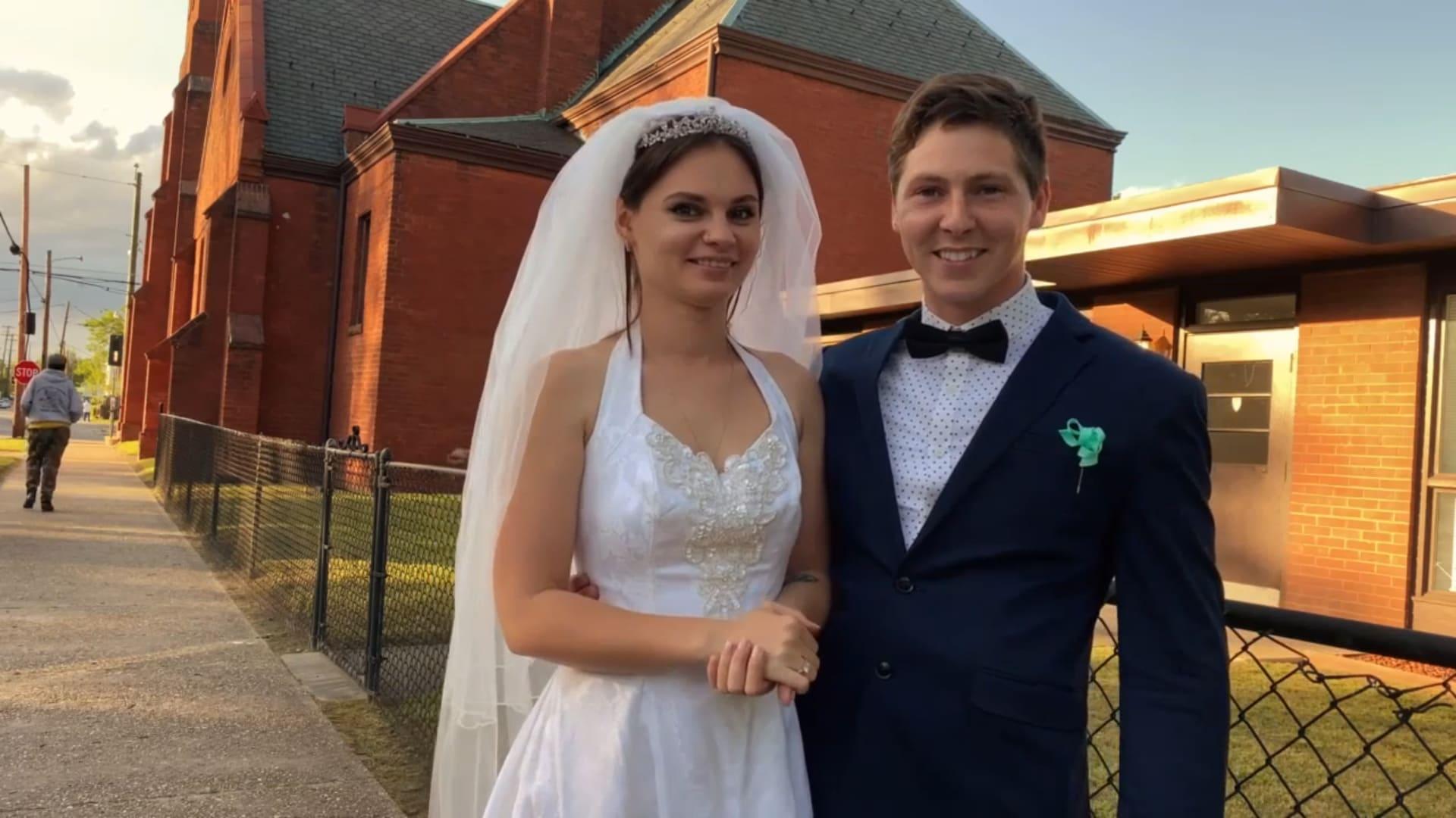 Brandon Gibbs And Julia Mains