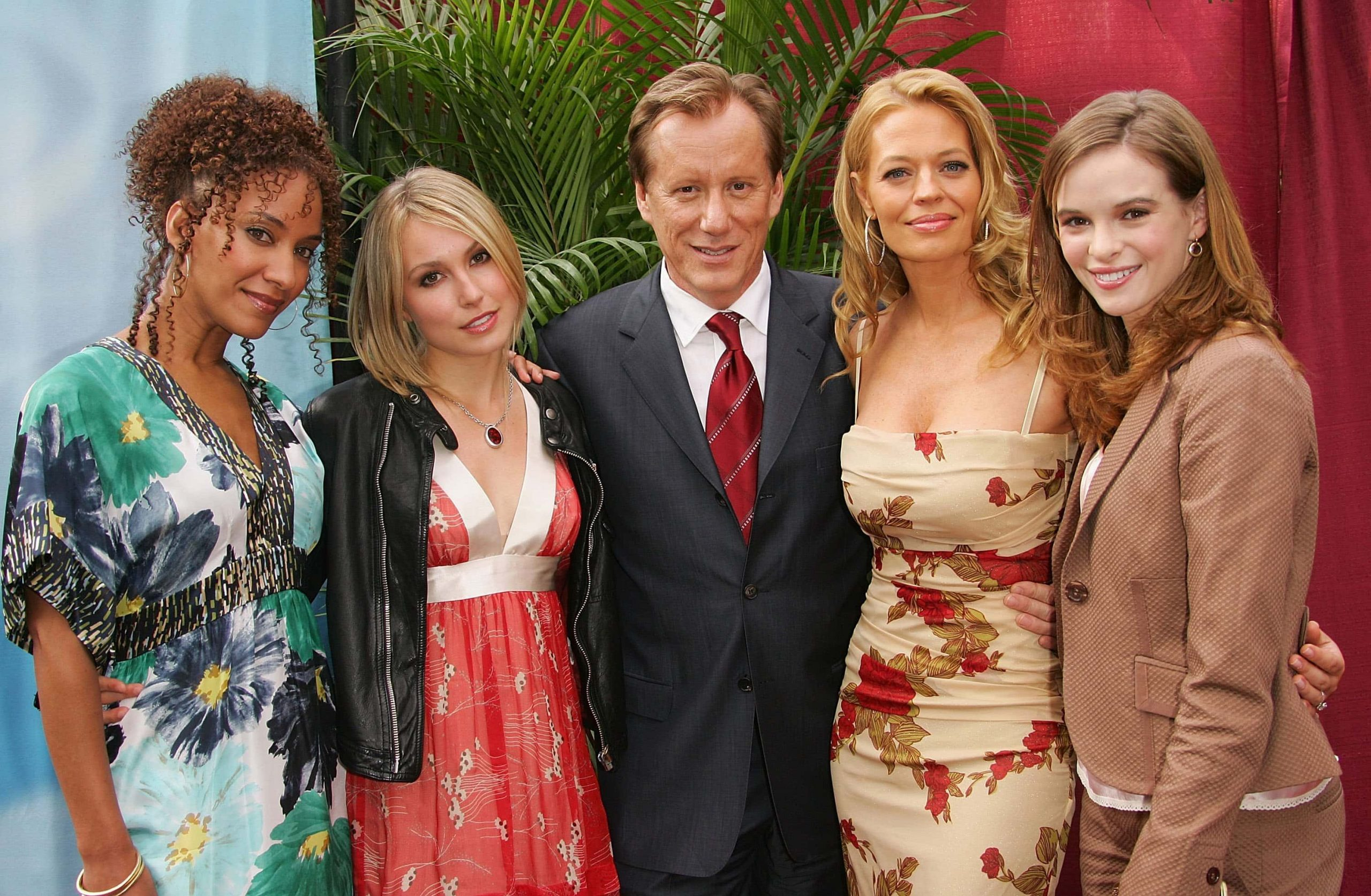 Sophina Brown, Sarah Carter, James Woods, Jeri Ryan and Danielle Panabaker attend the CBS Upfront Presentation at Tavern On The Green May 17, 2006, in New York City