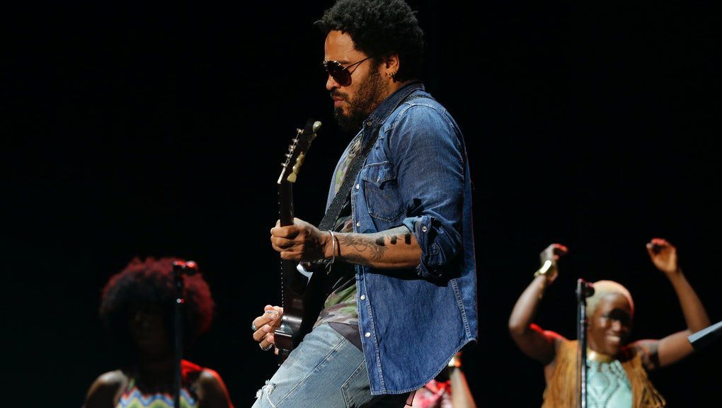Lenny Kravitz pants split