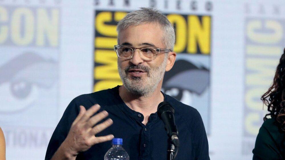 Alex Kurtzman and CBS Studio sign new deal