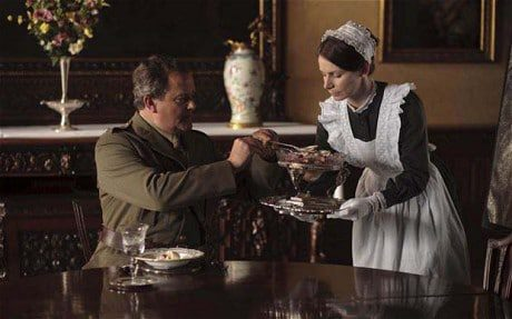 Does Lord Grantham have an affair