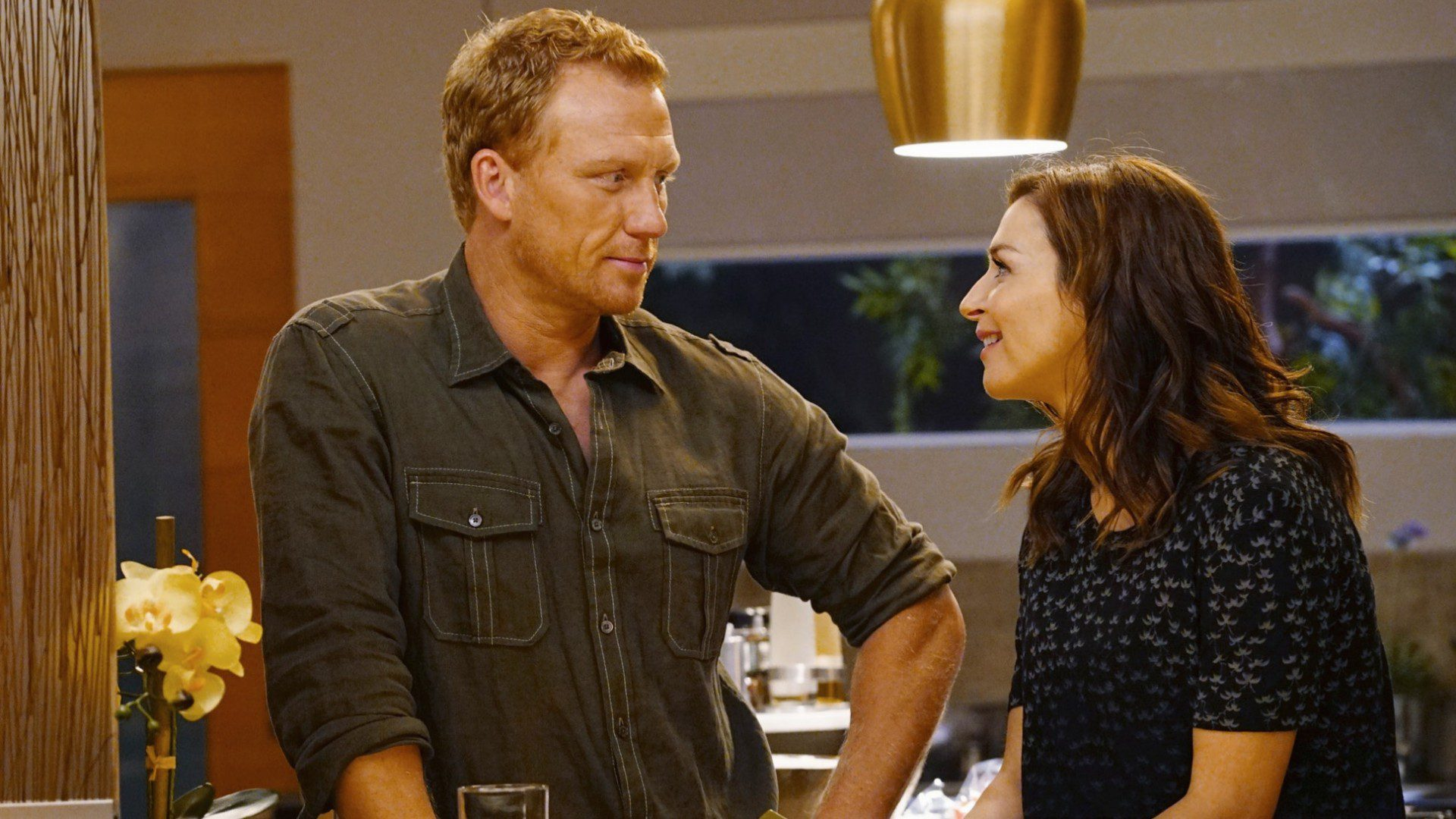 Who does Owen Hunt end up with?